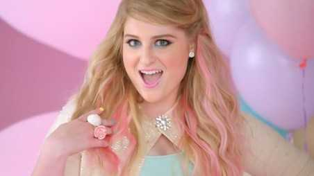 Meghan Trainor - All About That Bass Music Video 1