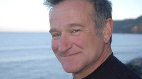 robin williams dead suicide asphyxiation obituary hanging
