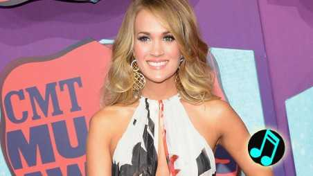 Carrie-Underwood---2014-CMT-Music-Awards