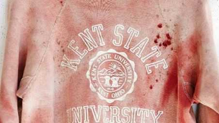 urban outfitters kent state university bloodstained sweatshirt apologizes tasteless