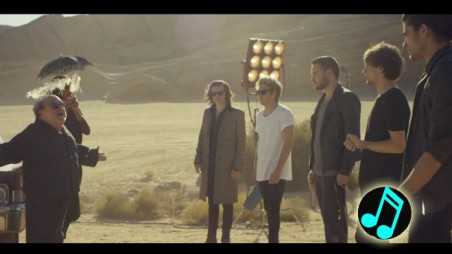 One-Direction---Steal-My-Girl-Music-Video