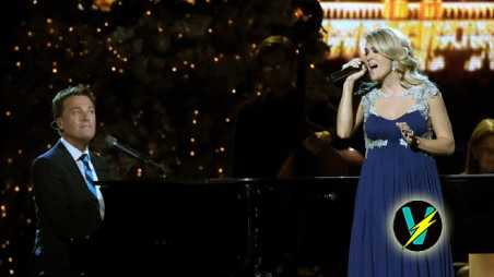 Carrie-Underwood-&-Michael-W-Smith,-2014-CMA-Country-Christmas-Header
