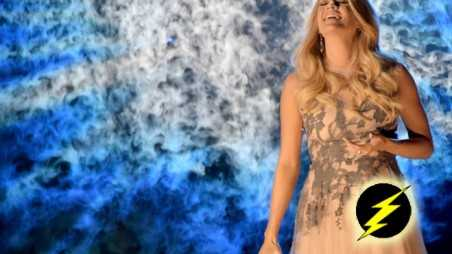 Carrie-Underwood,-Something-in-the-Water-Header