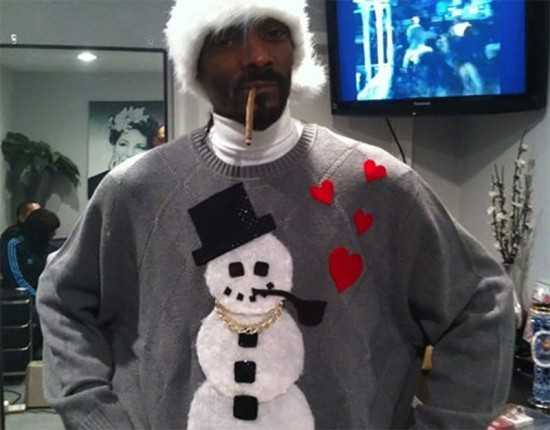 Tis the season best of the very worst celeb ugly holiday for Snoop dogg fish hat