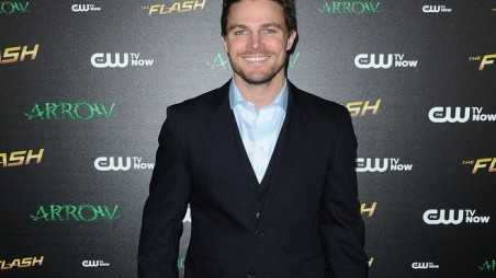 Stephen Amell New Campaign Featured