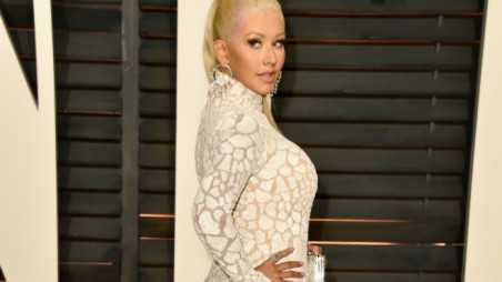 Christina Aguilera Feature