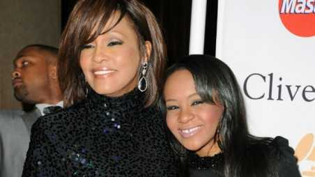 bobbi kristina brown life support whitney houston