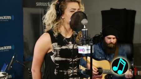 Tori-Kelly-Covers-Seal's-Crazy-Header