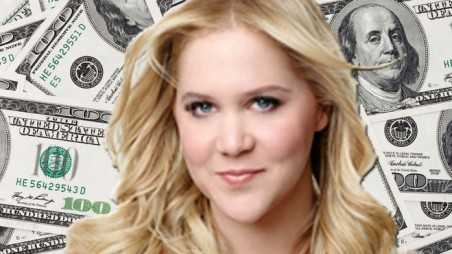 Good Deed Alert Amy Schumer Leaves Massive Tip
