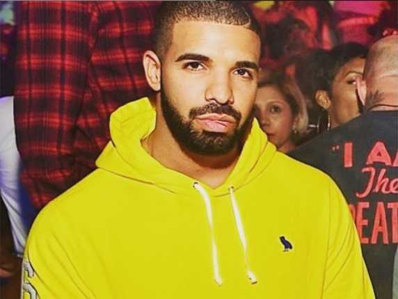 Does drake have abs