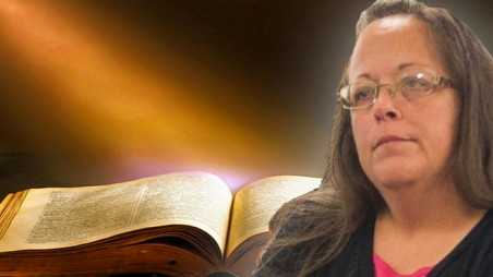 Kim Davis Loses Fight Gay Marriage