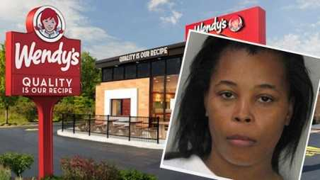 Wendy's Worker Use Her Vagina Discharge As Mayo For Her Enemys Burger